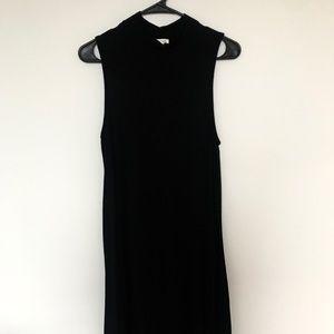 Sleeveless shift dress with high neckline